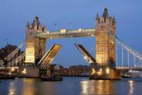 Tower Bridge Night Vlies Fotobehang 375x250cm 5-banen