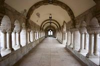 Ancient Corridor Vlies Fotobehang 375x250cm 5-banen
