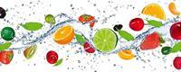 Fruits in Water Vlies Fotobehang 375x150cm 5-banen