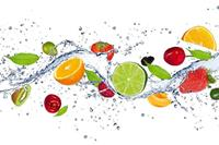 Dimex Fruits in Water Vlies Fotobehang 375x250cm 5-banen