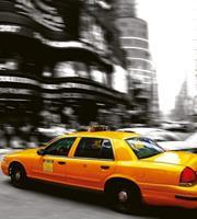 Taxi Vlies Fotobehang 225x250cm 3-banen