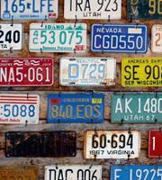 Plate Numbers Vlies Fotobehang 225x250cm 3-banen